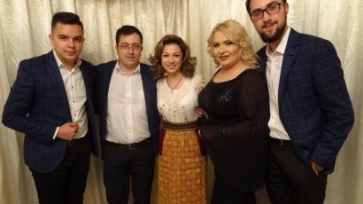 Membrii formatiei Amatis din Bucuresti